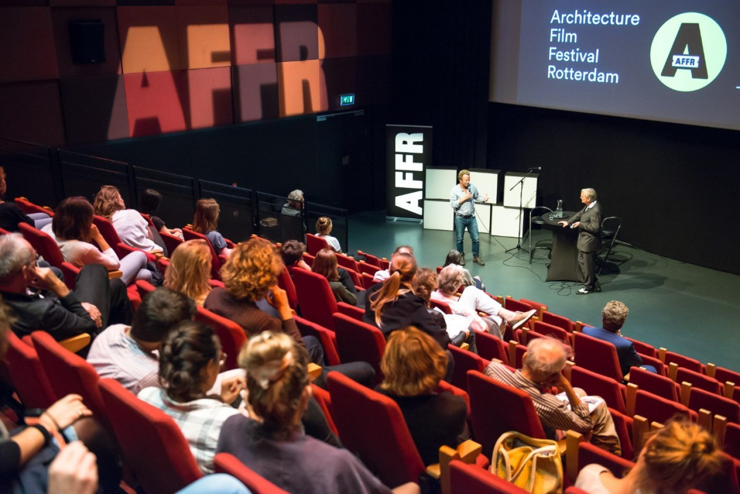 Job offer: AFFR is looking for a text and debate editor
